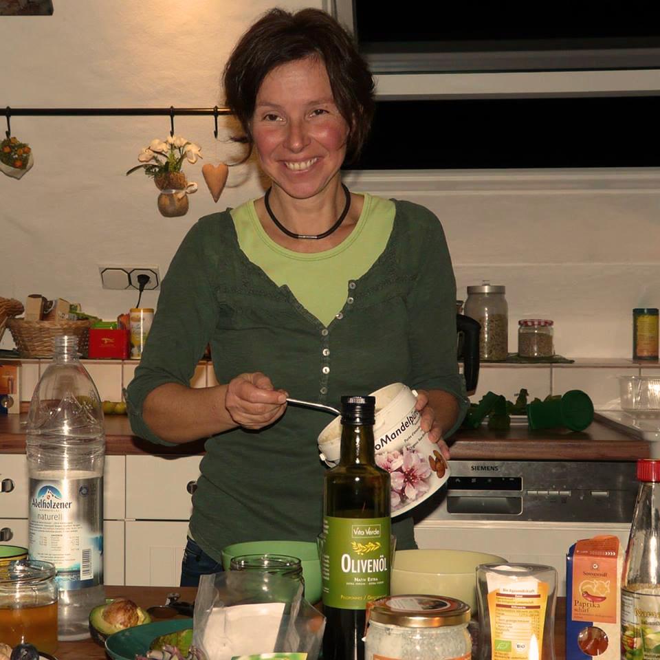 Katja Friedrich froh leben Zubereitung Kueche Hoeheischweiler